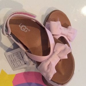 Authentic NIB Pink UGG girls sandals